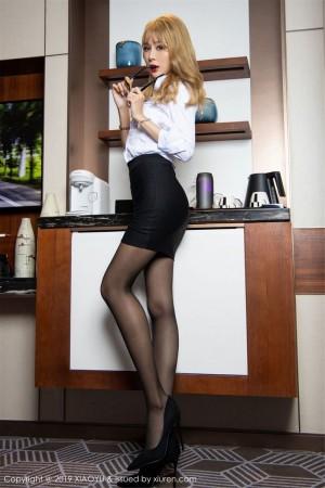 黑丝美腿制服诱惑女秘书白衬衫超短裙内衣诱惑性感女神语画界-[冯晞雯]超高清写真图片 1620297810更新