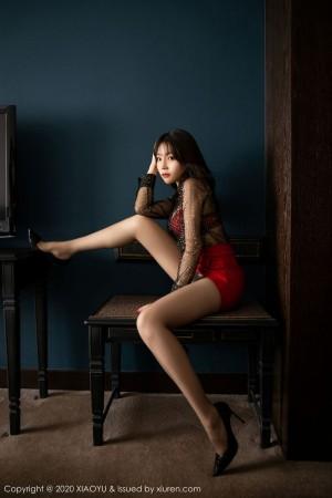 透视装高跟鞋丝袜美腿内衣诱惑美胸丁字裤性感女神语画界-[芝芝Booty]超高清写真图片|1620339431更新