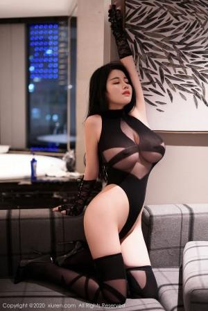 黑丝美腿翘臀情趣制服童颜巨乳美女模特秀人网-[美七Mia]超高清写真图片|1620417769更新