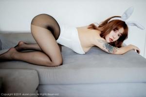 美女车模丝袜美腿翘臀大尺度户外美女性感女神语画界-[周于希]超高清写真图片 1620238838更新