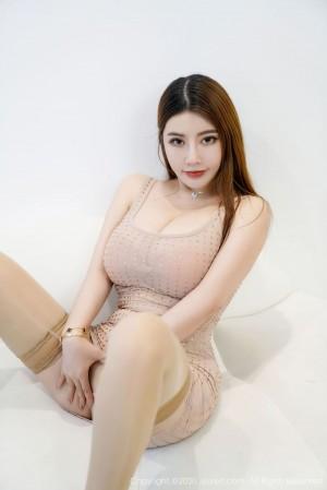 吊裙丝袜美腿大胸美女爆乳美女模特秀人网-[软软Roro]超高清写真图片|1620444003更新