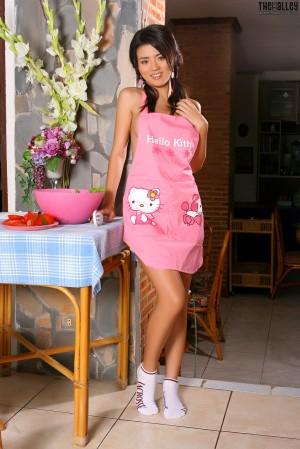 VOL.64 [TheBlackAlley] Christy Kee 粉嫩厨娘高品质壁纸大图