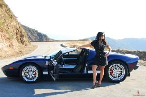 VOL.660 Denise Milani/丹尼斯・米兰妮 户外巨乳车模系列高品质壁纸大图