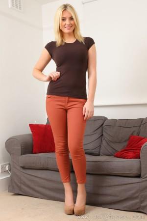 VOL.534 Stacey M《紧身牛仔裤+T恤》 [OnlyTease]高品质壁纸大图