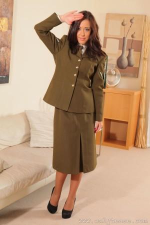 VOL.823 [OnlyTease] Chloe Louise 女警制服丝袜高品质壁纸大图