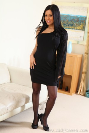 VOL.451 [OnlyTease] Ashleigh Clare 黑丝套裙诱惑高品质壁纸大图