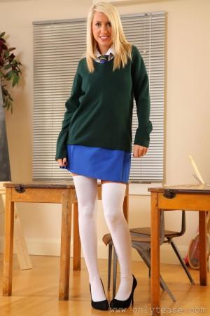VOL.5 [OnlyTease] Eloise Rose《白丝制服欧美学生妹》高品质壁纸大图