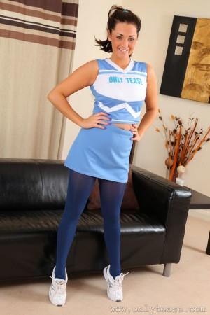 VOL.381 [OnlyTease丝袜] Daisy Watts《运动装+蓝色丝袜》高品质壁纸大图