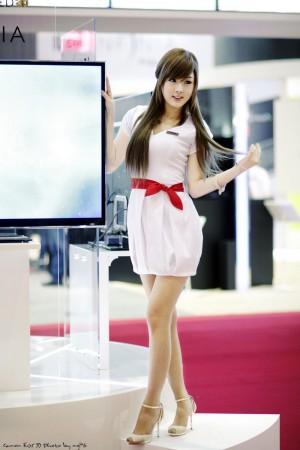 VOL.256 黄美姬《电子数码展》图片高品质壁纸大图