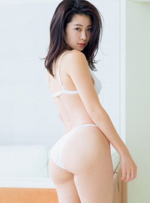 VOL.843 [FRIDAY]性感美女翘臀:福山智可子高品质写真套图(6P)