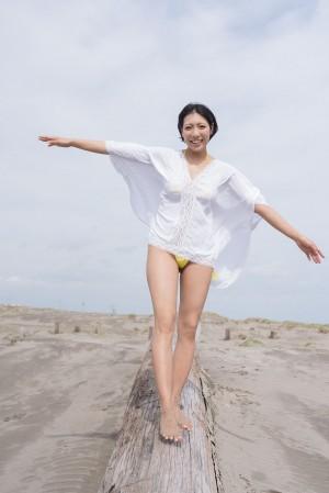 VOL.253 [Minisuka.tv]美胸丁字裤海边美女沙滩美女:麻仓麻里奈(麻倉まりな)高品质写真套图(55P)