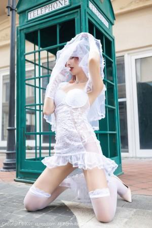VOL.1788 [秀人网]街拍婚纱:阿朱(就是阿朱啊)高品质写真套图(62P)
