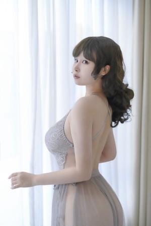 VOL.895 [网络美女]睡衣透视美女蕾丝诱惑:PAKI酱高品质写真套图(27P)