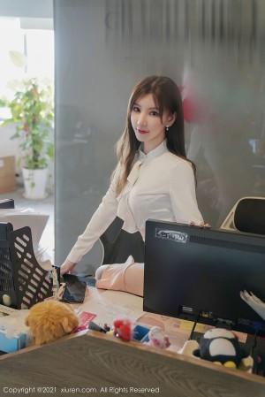 VOL.353 [秀人网]办公室丝袜诱惑白领丽人:周于希(周于希Sandy)高品质写真套图(100P)