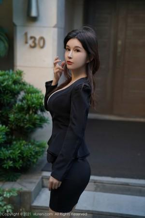 VOL.936 [秀人网]OL美女丝袜制服白领丽人:纯小希(张雨萌)高品质写真套图(57P)