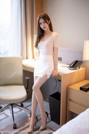VOL.1448 [语画界]美腿翘臀白领丽人:梦梵(模特梦梵)高品质写真套图(71P)