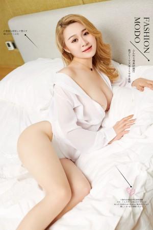VOL.783 [尤蜜]巨乳衬衫床上:Cici高品质写真套图(24P)