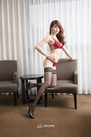 VOL.1319 [台湾正妹]性感美女黑丝内衣美女:黄淑华(腿模Maggie)高品质写真套图(85P)