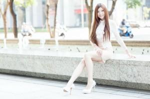 VOL.428 [台湾正妹]蕾丝街拍阳光包臀裙美女:谢馥羽(腿模Michelle,Michelle小羽)高品质写真套图(109P)