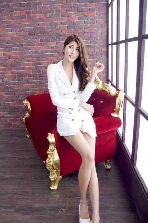 VOL.1311 [台湾正妹]美腿OL美女长腿美女:林沐沐(Joanna沐沐)高品质写真套图(45P)