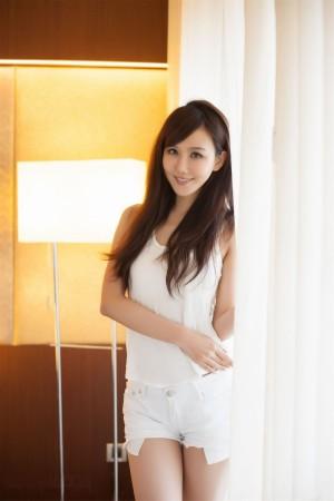 VOL.754 [台湾正妹]正妹妹子C罩杯美女:林瑞瑜(Beautyleg Sara,腿模Sara)高品质写真套图(22P)