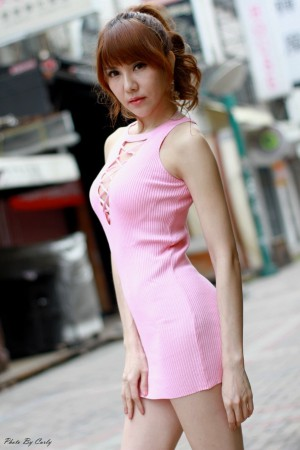 VOL.949 [台湾正妹]气质熟女包臀裙美女街拍美臀:黄淑华(腿模Maggie)高品质写真套图(99P)