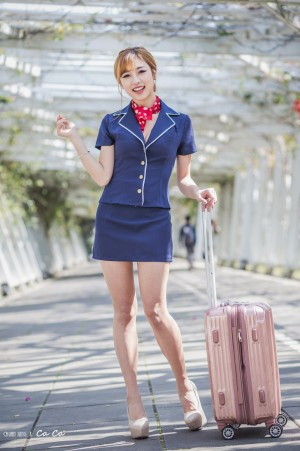 VOL.63 [台湾正妹]制服空姐制服长腿美女:卡卡儿(CACA卡卡儿)高品质写真套图(34P)