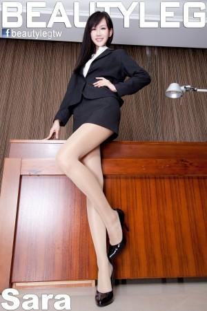 VOL.221 [Beautyleg]美腿:林瑞瑜(Beautyleg Sara,腿模Sara)高品质写真套图(57P)